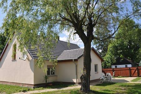 Natur pur im Ferienhaus - Tauer - Maison
