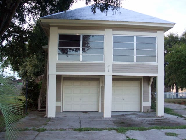 Apartment in a Quiet Central Florida Lake Town - Howey-in-the-Hills - Apartamento