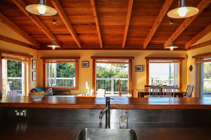 Ocean Beach  Holiday Home, Whangarei Heads