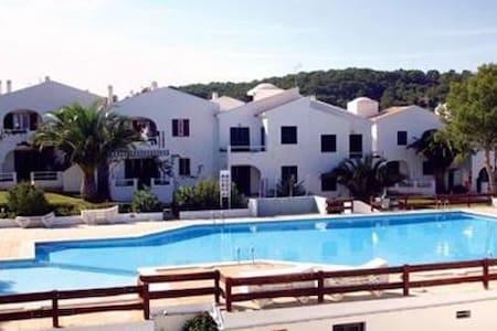 Family friendly apartment in Pinimar - Puerto Luz - Pis