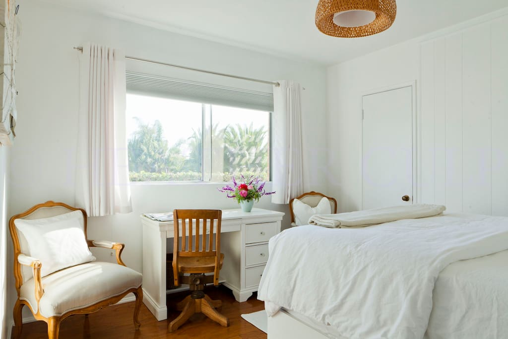 Sea View Room - White and Bright!