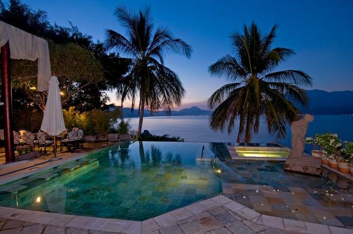 Casa Hamsayeg: Luxury house La Punta, Manzanillo