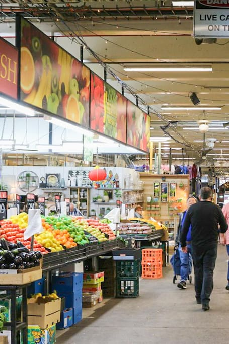 Our Cultural Market and Tastings Tour