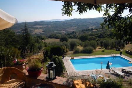 Stunning Views in Rural Umbria - Acqualoreto - Wohnung