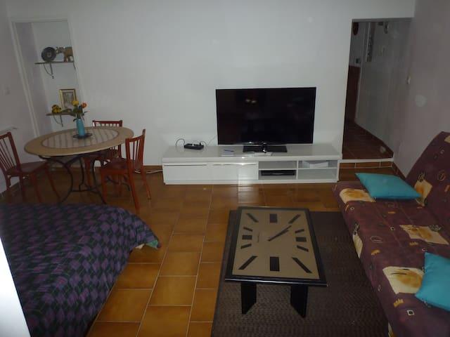 appartement rénové tout confort 90m - Caderousse - Leilighet