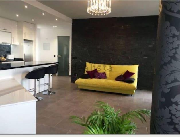 Attico boutique appartament free wife