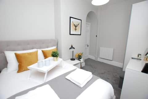 Watergate St - Modern bright apartment in heart of Chester