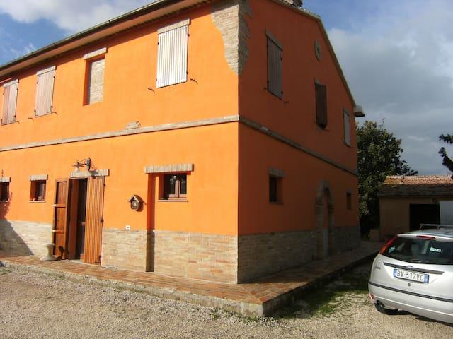 La casa di Gaia country in Marche - Agugliano - Haus