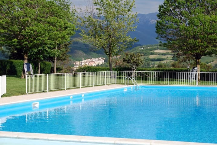 Free access to pool - 300m