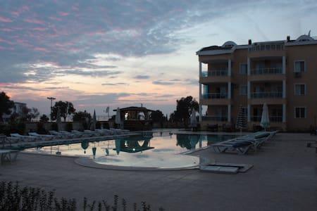 Beautiful Penthouse Apt in Didim - Didim - อพาร์ทเมนท์