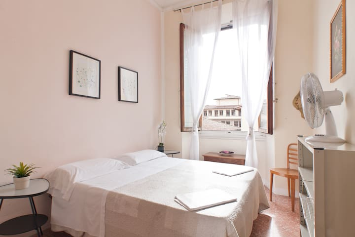 Hostel-Private room- Center II - Firenze - Apartment