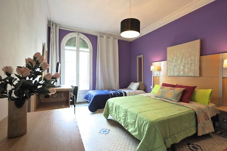 Comfort Triple Room - Barcelona