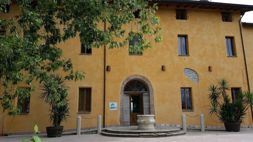 Agriturismo Arco Antico - Taneto - วิลล่า