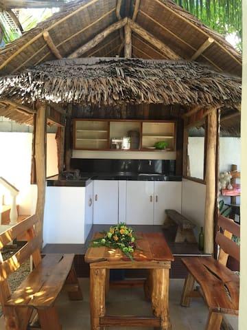 Center of Jagna Town Cottage - Jagna - Casa