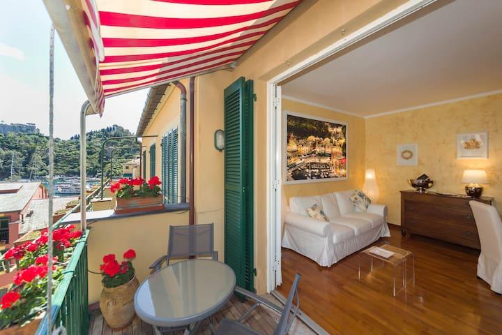 Portofino Terrace + Concierge
