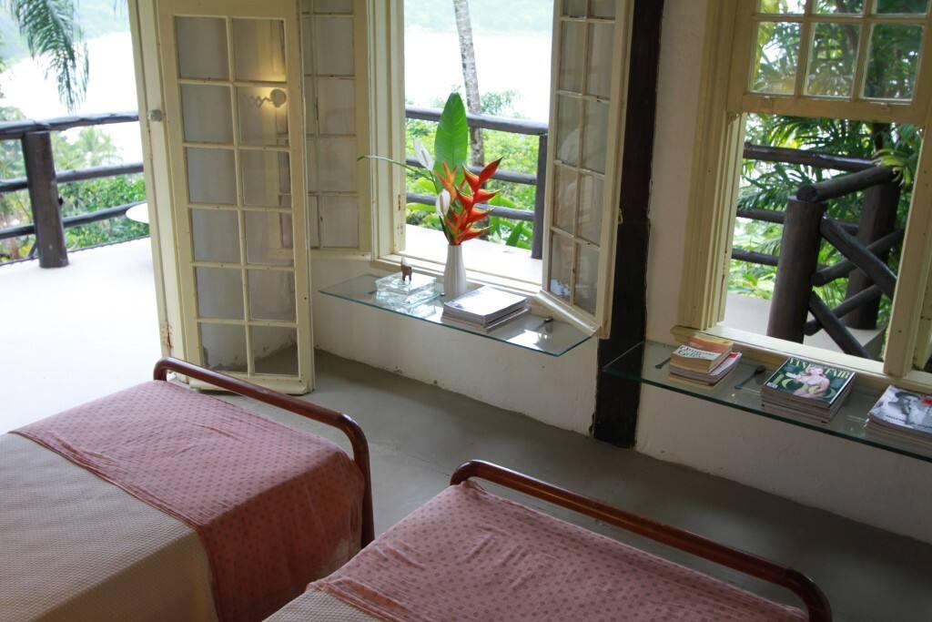 Suite dois, vista para o mar-(andar superior)