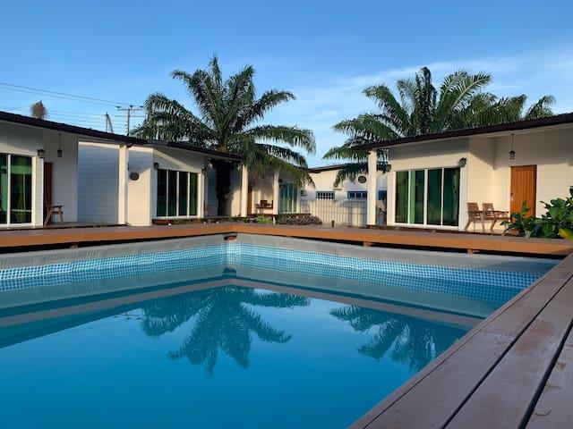 仙本那 红Rich  Villa 1001 欧式庭園泳池木屋