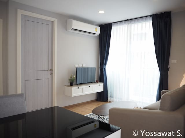 Private 42 Sq.m. cozy room near Asiatique