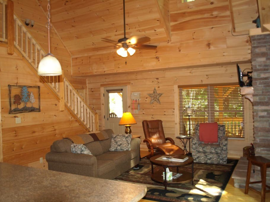 Whispering trees cabin secluded private hot tub decks for 8 bedroom cabins in north carolina