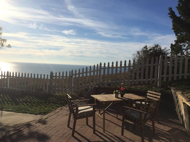 Ocean Views, San Francisco Bay/Pacifica area Apt - Daly City - Apartment
