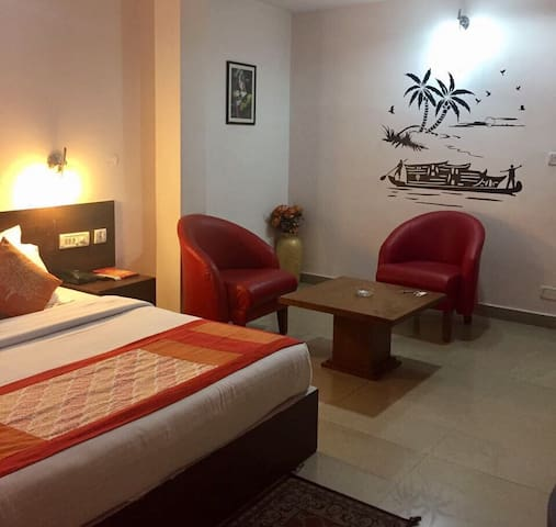 Double deluxe room Kasauli hills near Kumarhatti