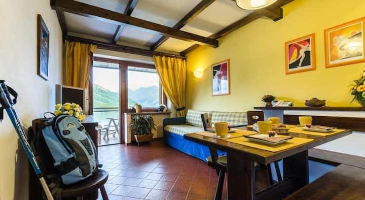 SESTRIERE Appartamento vista monti cucina completa