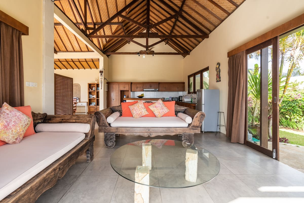 Calming Villa with Pool and Panoramic View of Bali Straits