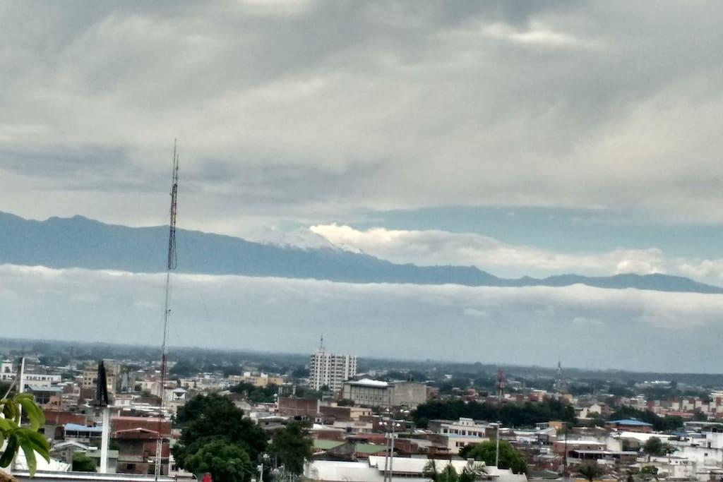 Vista del Nevado del Huila cuando esta muy despejado