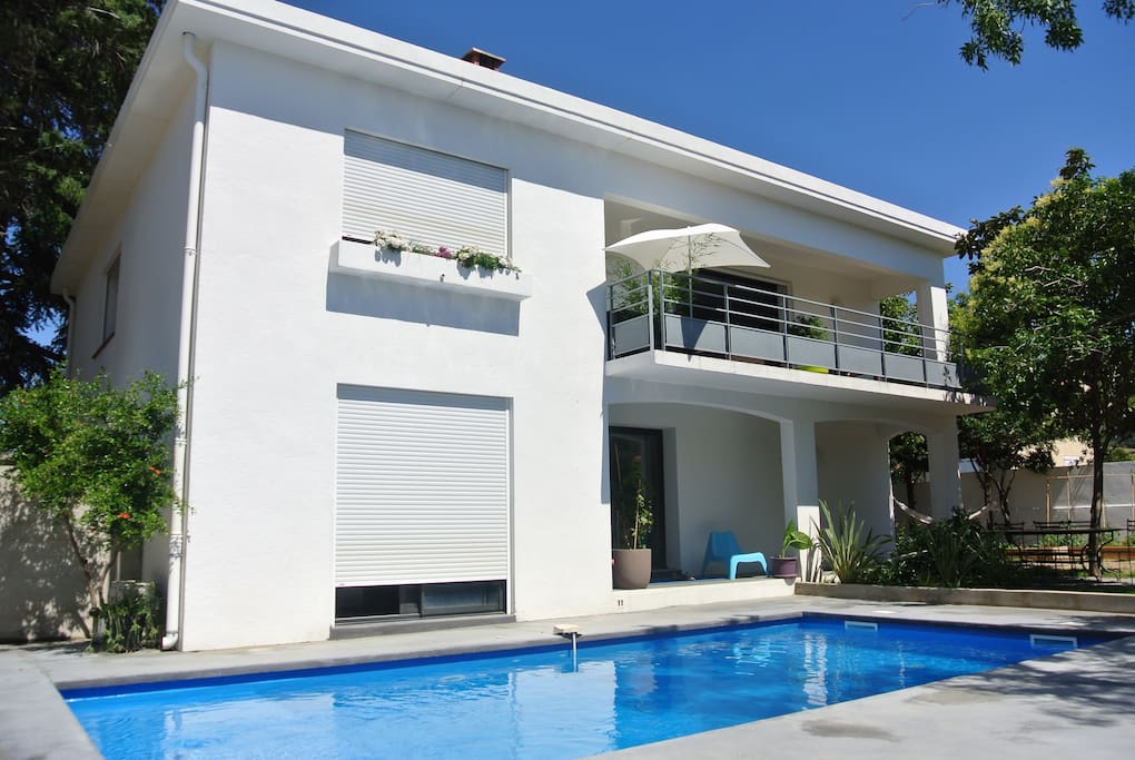 villa contemporaine jardin piscine maisons louer