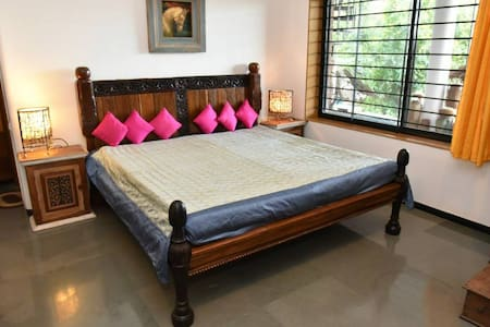 Homestay room near vineyards - Villa