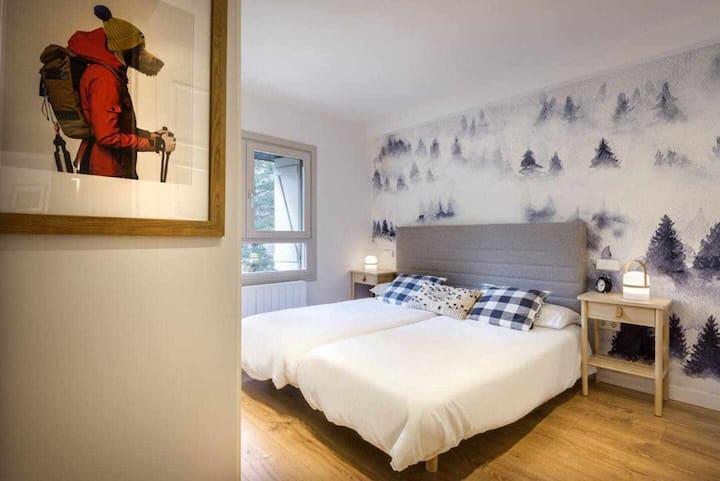 ATOPADIZO. Preciosa Casa en el Pirineo Aragonés (7 pax)
