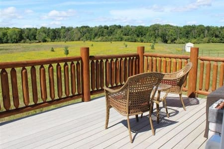 Full Rut Ranch | Hunting Lodge on 80 Acres