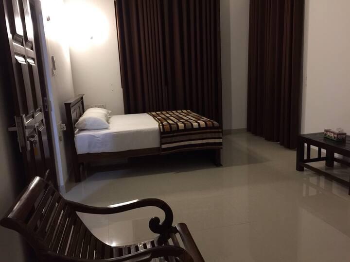Ceylon Villa-Ensuite,Near Beach,Negombo,Modern,Bnb