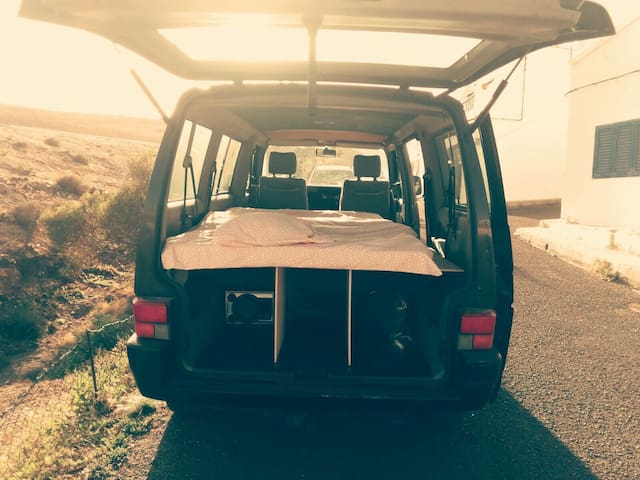 VW Caravelle T4 - Playa Quemada - その他