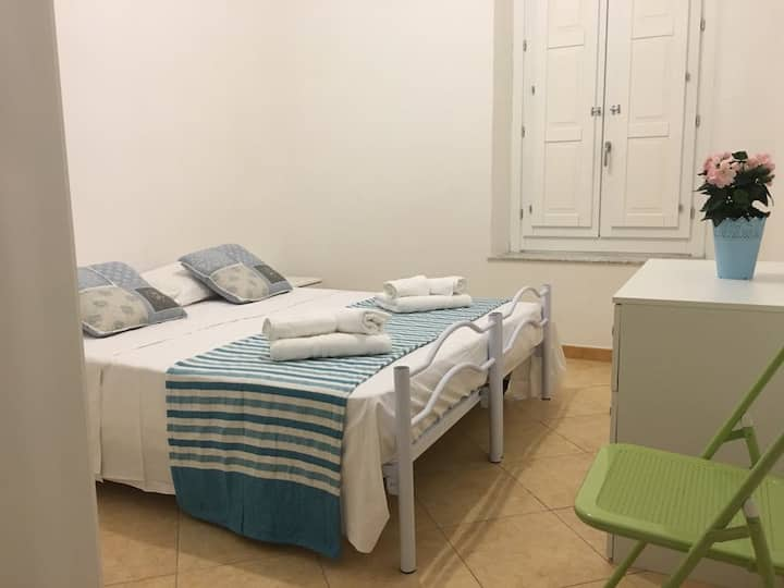 Rooms & Apartments in the city center