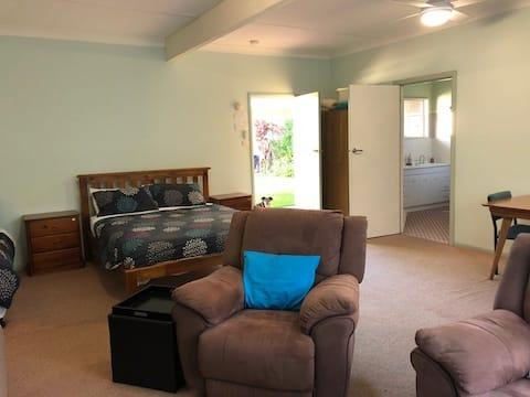 Woodridge Park - Family Room 2