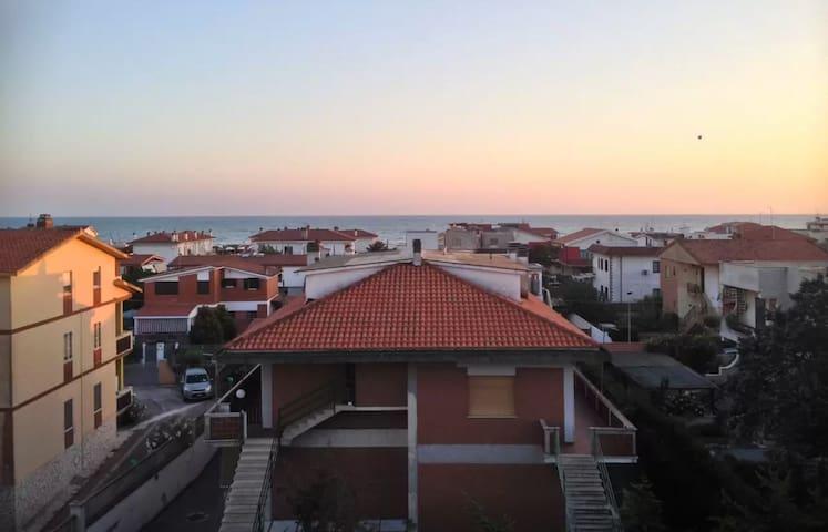 Grand Logement à 150m de la mer ! - Marina di Ardea - Talo