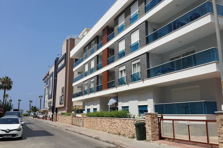 Holiday apartment just 50 m to the Cleopatra Beach