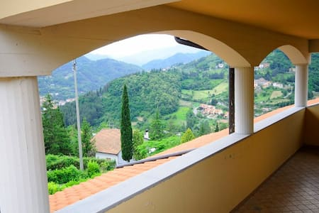 B&B Il Pozzo di Celle - Camera Rosa Tripla - Vernio - Bed & Breakfast