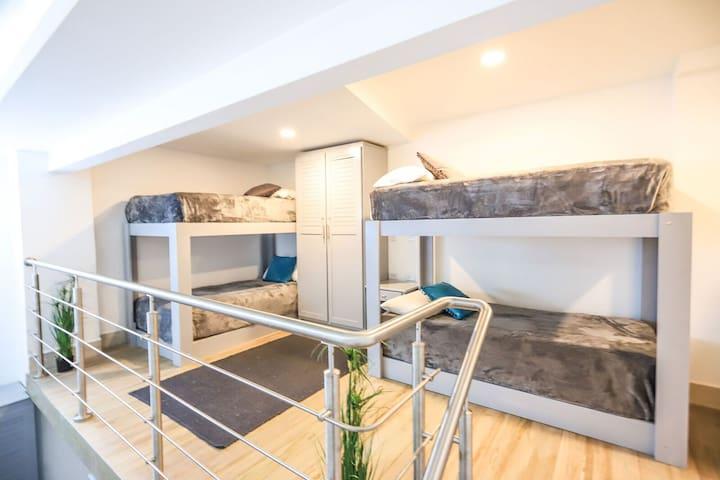 Sleep Like VIPs on a Hostel Budget!~Shared Room