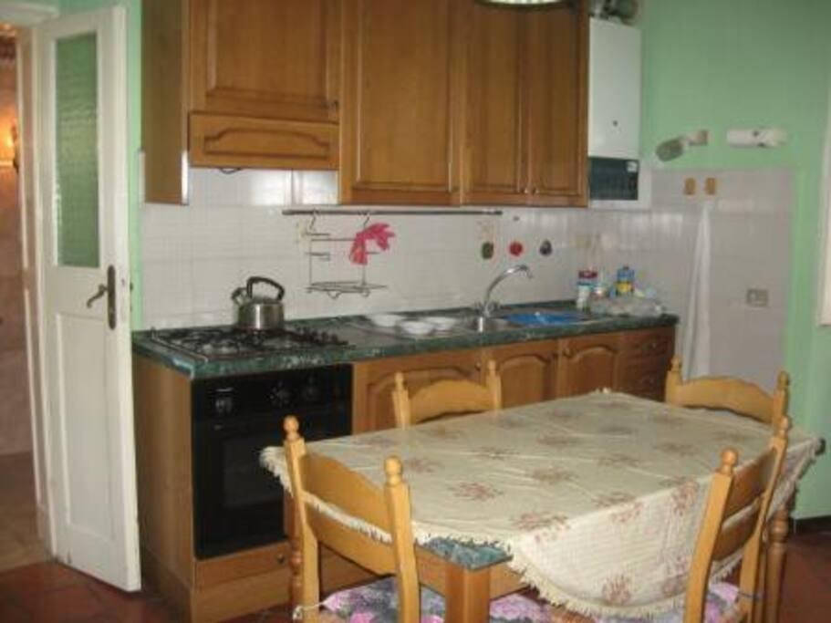 Fully modernised kitchen built in granite work surface.