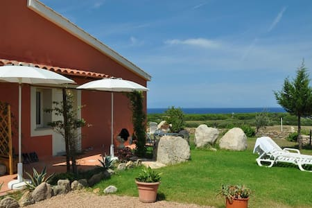 Studio  with Sea view - VIGNOLA MARE  AGLIENTU - Hus