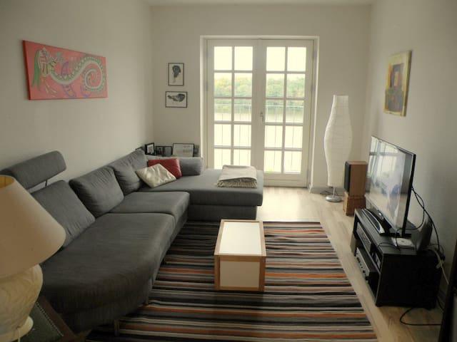 Skøn udsigt over Gråsten Slotssø - Graasten - Appartement