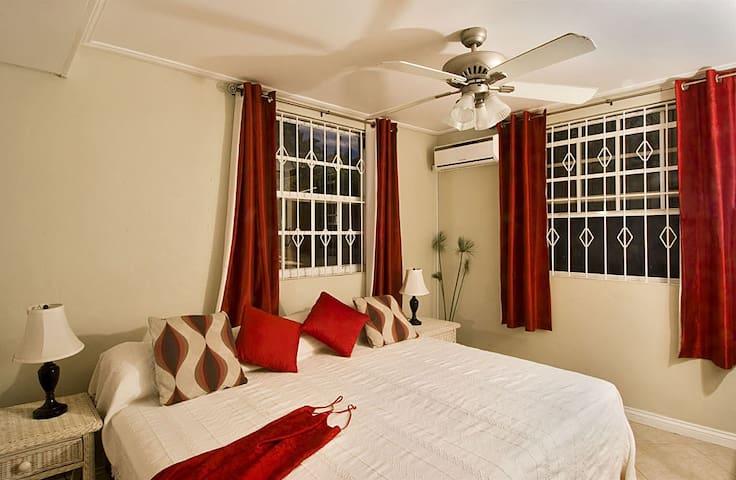 Paradise Lower - Bedroom