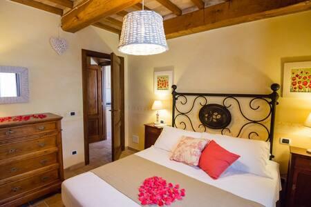 Borgocuore:casa Lavanda & Rosmarino - Todi