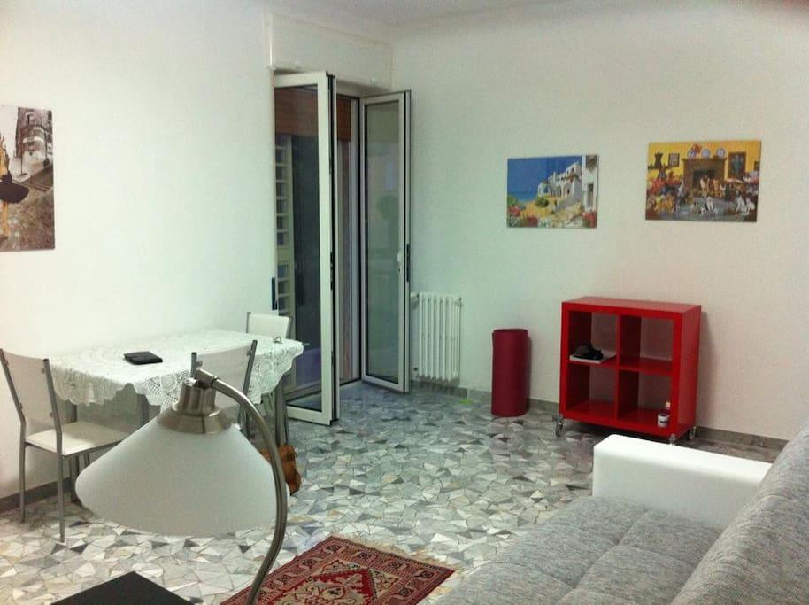 Fino a 3 stanze enormi nella stessa casa appartamenti in for Stanze in affitto bari