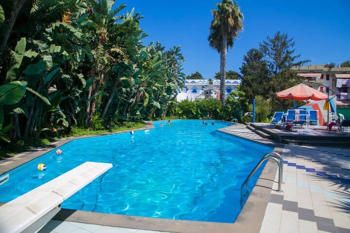 Villa Luisa, piscina e ampio parco