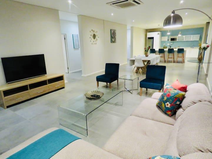 Ezulwini Executive Apartments (Apartment Number 5)