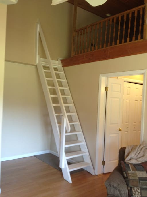 Steps to sleeping loft.