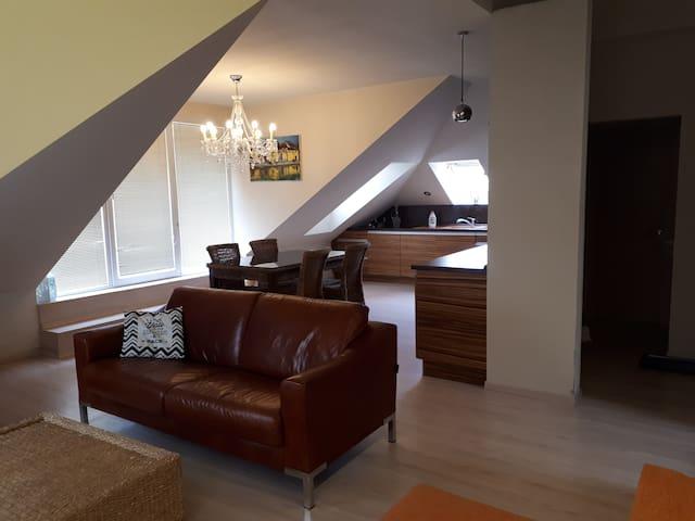 gauč / sofa